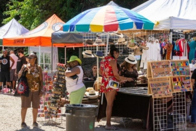 Vendor-Booths-1